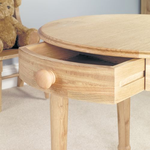 Amelie Oak Childrens Table